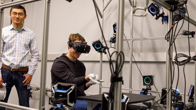 سیستم ردیابی هدست واقعیت مجازی
