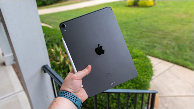 How-to-Turn-Off-an-iPad-Pro