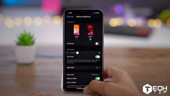 تم مشکی در iOS 13 آیفون