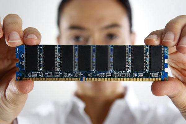 SSD های یک لایه سلول (SLC)
