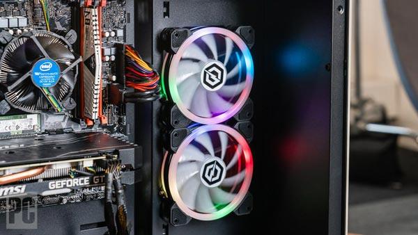 برای کاهش صدای فن سیستم ، کامپیوتر خود را خنگ نگه دارید