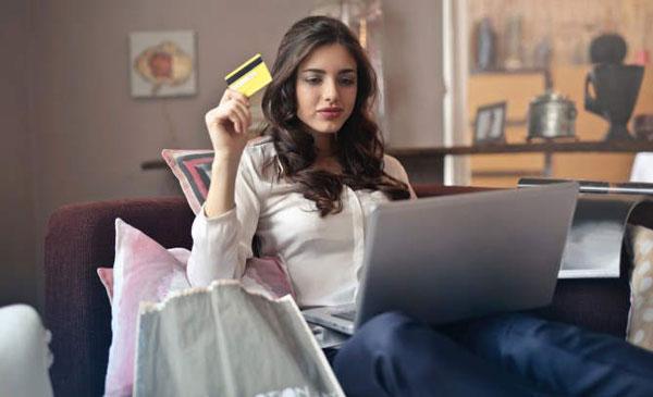 بلک فرایدی بهترین زمان برای خرید لپ تاپ و کامپیوتر