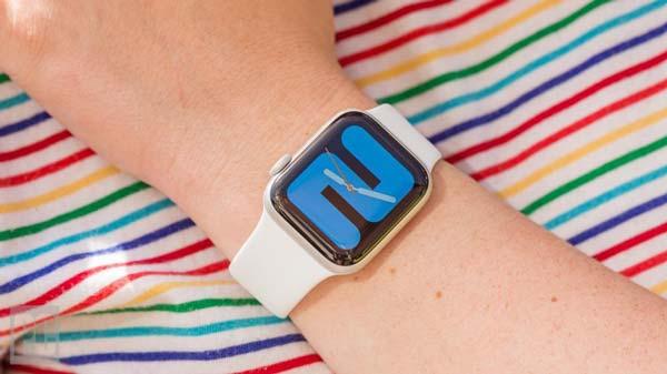 نحوه ضدعفونی کردن ساعت و دستبند هوشمند