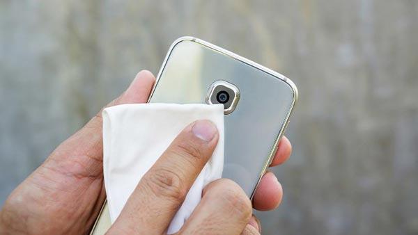 چگونه گوشی را ضدعفونی کنیم ؟