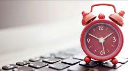 Windows-10-clock-seconds