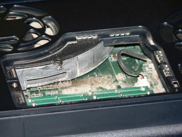 تمیز کردن فن لپ تاپ