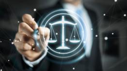 استفاده از تکنولوژی در دادگاه-min