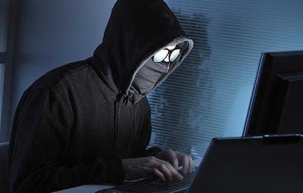 هکر کیست ؟