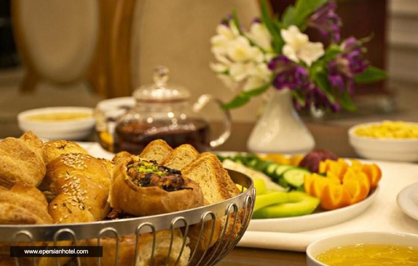 منوی غذا در هتل های مشهد